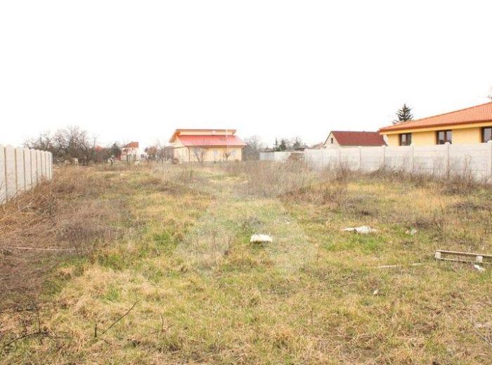 PREDANÉ - NOVÁ DEDINKA, stavebný pozemok, 615 m2 - slnečný, so stavebným projektom, PRÍJEMNÁ TICHÁ LOKALITA