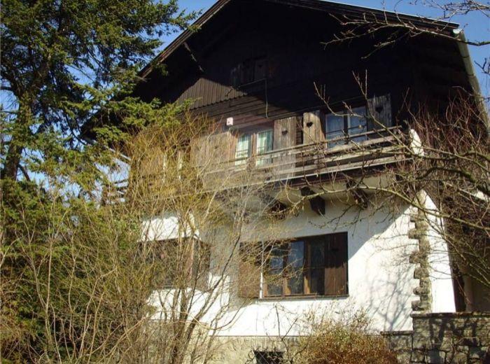 PREDANÉ - SVRČIA, 5-i dom, 294 m2 – Jedinečná VILA S HISTÓRIOU