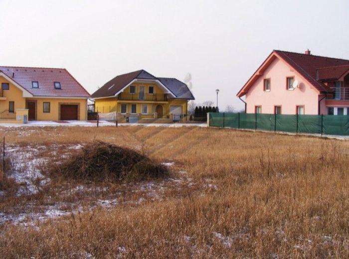 PREDANÉ - NOVÁ DEDINKA, ideálny stavebný pozemok, 751 m2 - VIS na pozemku, V NOVEJ LUKRATÍVNEJ ČASTI OBCE