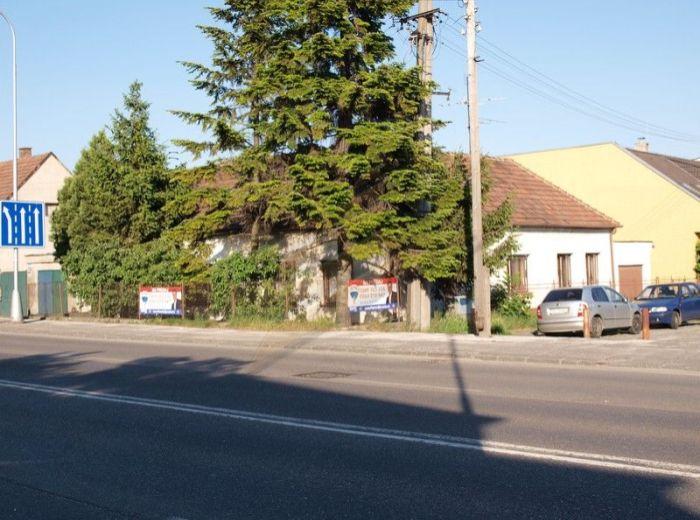 PREDANÉ - ŽITNÁ, 5-i dom, 234 m2 – RD pri hlavnom ťahu, IDEÁLNY NA PODNIKANIE