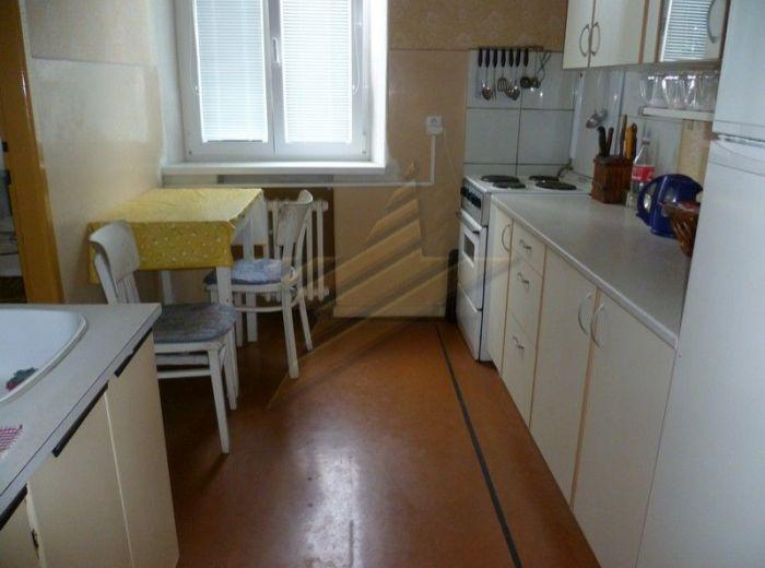 PREDANÉ - KRÍŽNA - STARÉ MESTO, 2,5-i byt, 69 m2 – tehlový byt vo VYHĽADÁVANEJ LOKALITE, 1 350 EUR / m2!
