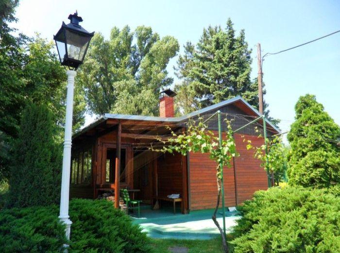 PREDANÉ - LIMBAŠSKÁ CESTA, Pezinok, 2 chaty, 10 á rekreačný areál - TIP NA RELAX V PRÍRODE