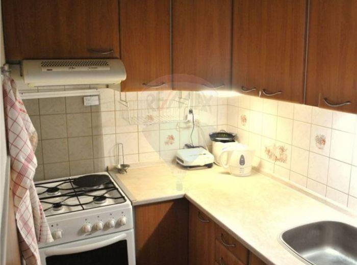 PREDANÉ - SLOVINSKÁ, 2-i byt, 46 m2 - čiastočná  rekonštrukcia, PRÍJEMNÁ TICHÁ LOKALITA
