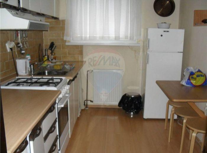 PRENAJATÉ - NOVÉ MESTO, 3-i byt, 75 m2 – príjemný byt BLÍZKO CENTRA MESTA