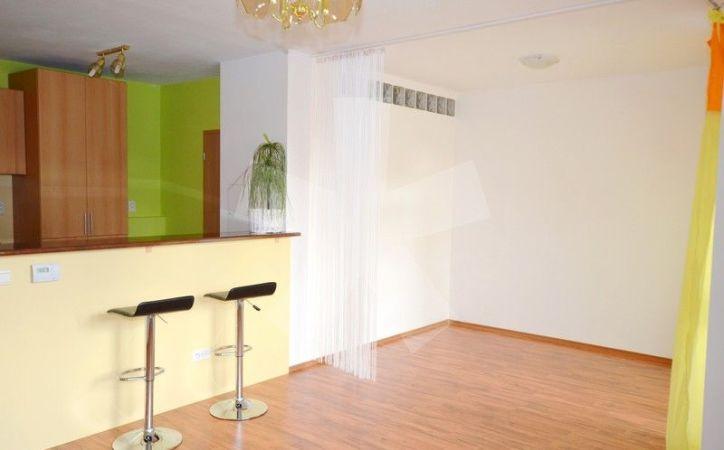 PREDANÉ - AGÁTOVÁ, 1,5-i byt, 42 m2 - svetlý byt s balkónom v NOVOSTAVBE, v dobre dostupnej lokalite S VLASTNÝM PLYNOVÝM KOTLOM.