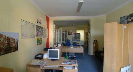 Na prenájom tri kancelárie na námesti v Topoľčanoch