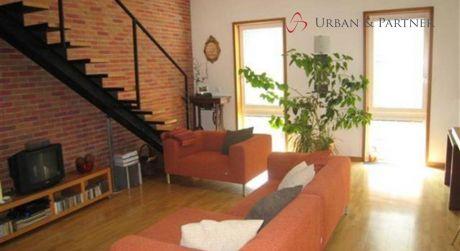 Predaj nadštandardného 4 izbového bytu na Konventnej ulici v centre