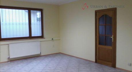 Prenájom kancelárskych priestorov v dome na Arménskej ulici v Bratislave.