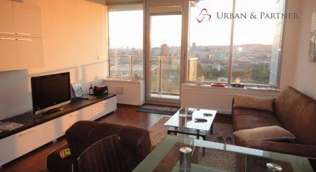 Prenájom luxusného 3 izbového bytu na Bajkalskej ulici v 3 vežiach