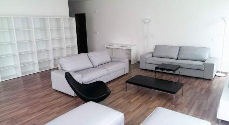 Prenájom 4 izbového bytu v novostavbe s parkovaním na Malinovej ulici v centre