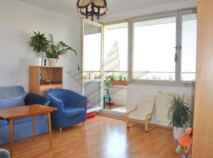 PREDANÉ - NÁMESTIE HRANIČIAROV, 3-i byt, 75 m2 - pôvodný stav, nízke náklady, TOP CENA!!!
