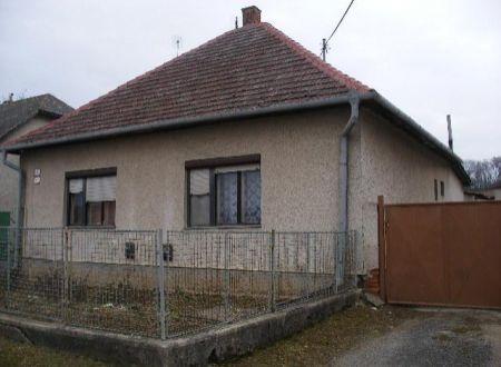 Rodinný dom v pôvodnom stave Nemčice