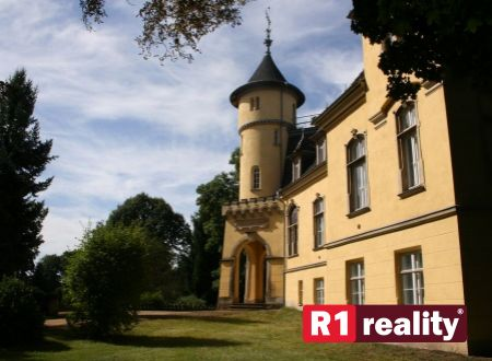 Historický objekt - zámok /hotel-wellness-restaurant-health ambulance/