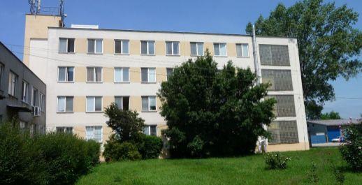 Na prenájom lacno sklady+administratíva od 15m2, lokalita Bratislava II.!!!
