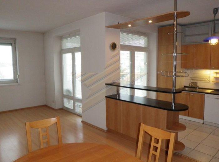 PREDANÉ - KRAMÁRE, 3-i byt, 102 m2 – SLNEČNÝ byt, nádherný VÝHĽAD, CENA DOHODOU