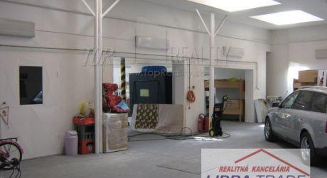 Ponúkame do prenájmu autoopravárenskú dielňu a  lakovňu.