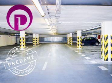 PREDANÉ - Nejedlého ul., 1 garážové státie resp. 2 garážové státia,17,1 m2/34,2 m2,  v blízkosti výťahu, NOVOSTAVBA
