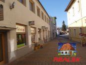 Obchodné priestory - prenájom Námestie Banská Bystrica
