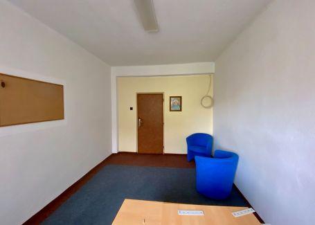 Kancelária na prenájom, Okružná ulica, Poprad