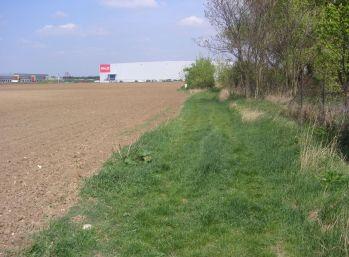 Reality Štefanec /ID-8892/ Veľký Biel, pozemok 7.950 m2 - orná pôda na predaj, cena: 45 €/m2