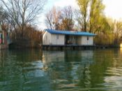 Na predaj hauseboat na Jaroveckom ramene Dunaja