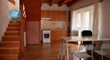 Na prenájom mezonetový byt 3+KK, 73 m2, Trenčín, Mierové námestie