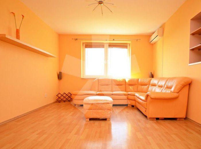 PREDANÉ - MODRA, 3-i byt, 97 m2 – doprajte si rodinné bývanie v obklopení prírodou, TEHLOVÝ DOM, klimatizácia, 2 loggie, VÝHĽAD NA VINOHRADY
