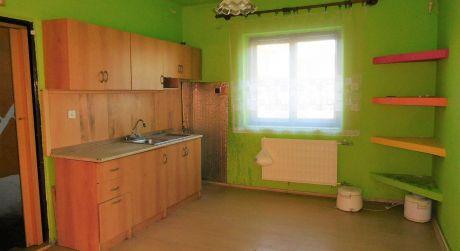 PREDAJ - NOVÁ CENA! 3 izbový rodinný dom vo Veľkých Kosihách  okres KN
