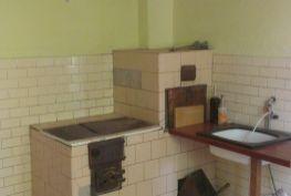 Rodinný dom v pôvodnom stave, Horovce okres Púchov + pozemok 837 m2