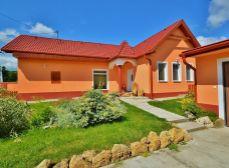 Predaj 144 m2 RD s jazierkom; 1440 m2 pozemok