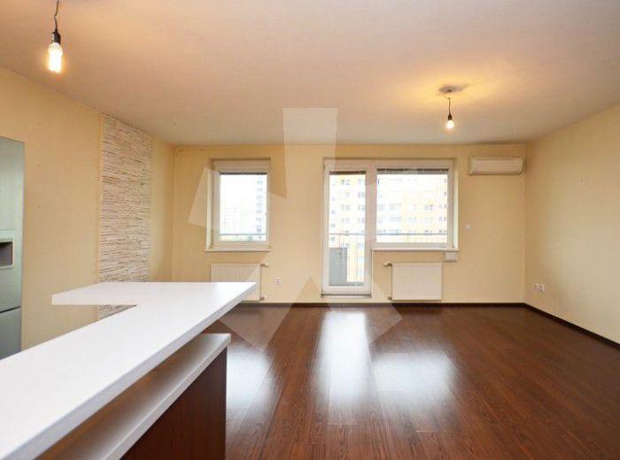 PREDANÉ - NÁM. HRANIČIAROV, 2-i byt, 81 m2 – bývajte v dome roka – moderný byt v NOVOSTAVBE, s priestrannou loggiou, TOP LOKALITA