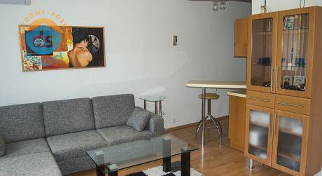 Na predaj kompletne prerobený Byt 2+KK, 46 m2, Štvrť SNP, Trenčianske Teplice