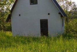 Záhrada s murovanou chatou, Nimnica, okr. Púchov, 1 022 m2.
