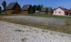 Predaj pozemku so základovou doskou na dvojchatku v Diakovciach