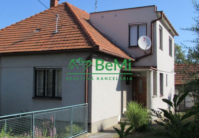 Predáme rodinný dom v Žitavanoch (315-12-AFI)
