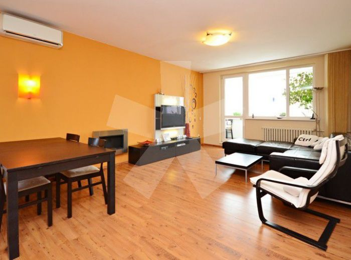 PREDANÉ - BARTÓKOVA, 4-i byt, 95 m2 – zrekonštruovaný byt, BIOKRB, klimatizácia, šatník, zasklená loggia, neďaleko od HORSKÉHO PARKU