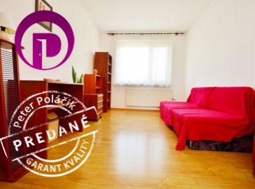 PREDANÉ - VAVILOVOVA, 3i, 74 m2, zrekonštruovaný byt s loggiou, VO VYHĽADÁVANOM BYTOVOM DOME, výborná dispozícia, TOP LOKALITA