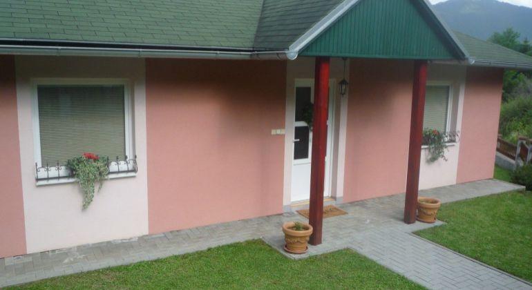 3-izbový bungalov v tichej časti obce Dúbrava,neďaleko L. Mikuláša