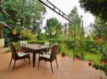 Predaj 4i bungalovu s bazénom pri brehu Dunaja; 1253 m2 pozemok