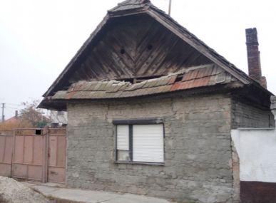 Maxfin Real - ponúka dom vhodný na rekonštrukciu v centre Horných Salíb