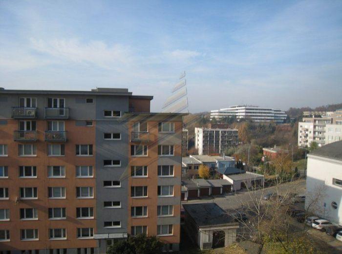 PREDANÉ - ROZVODNÁ, 3-i byt, 75m2 – príjemný a dobre dispozične riešený 3-izbový byt na KRAMÁROCH