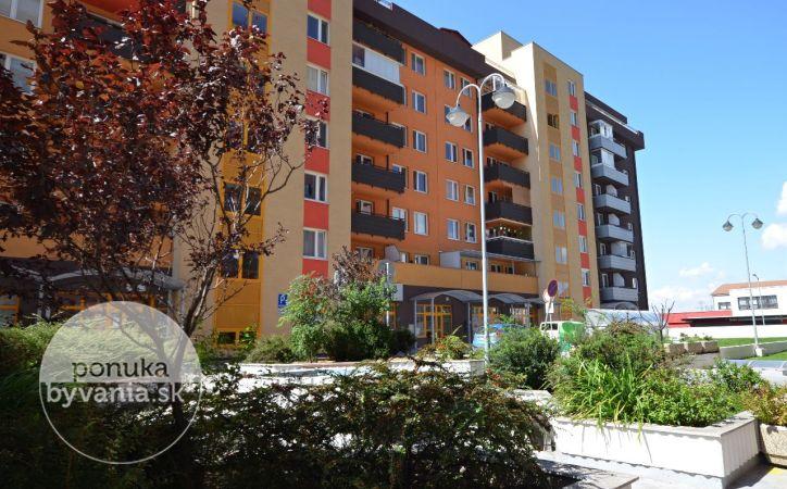 PREDANÉ - VYŠEHRADSKÁ, 3-i apartmán, 67 m2 – moderné bývanie v štýlovej NOVOSTAVBE, balkón, moderná dispozícia, PREDAJOM VOĽNÝ