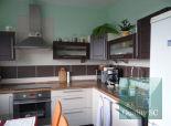 PREDANÉ - zrekonštruovaný 2 izbový byt s výbornou dostupnosťou kamkoľvek do mesta, Ul. Lachova, Bratislava - Petržalka