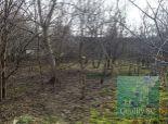 PREDANÉ – NA PREDAJ: ZNÍŽENÁ CENA ! stavebný pozemok so starým domom v blízkosti centra Bernolákova
