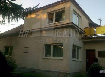 Reality Štefanec /ID-9327/ Jelka,  3 izbový RD na predaj Vrbová ul.,  pozemok 1.000 m2. Cena: 75.000,-€. Platba iba hotovosť, nie úver !!!