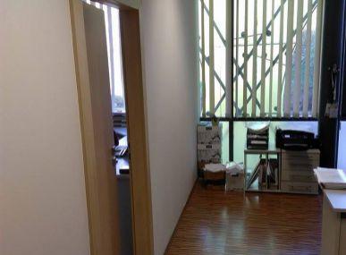 MAXFIN REAL - Kancelárie v centre mesta s parkovaním.