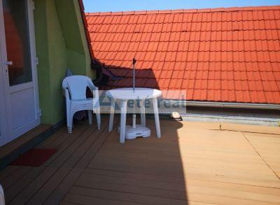 Areté real, Prenájom priestranného 3-izbového bytu s terasou v rodinnom dome blízko centra mesta Pezinok