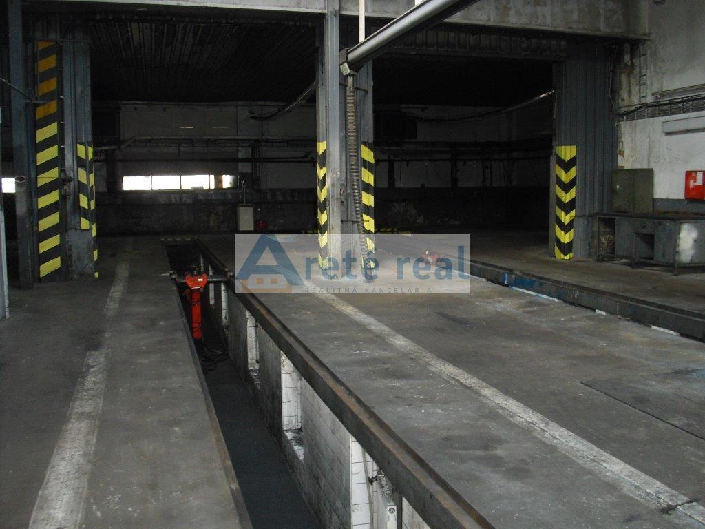 Areté real, Prenájom výrobnej a skladovej haly v priemyselnej časti v Pezinku