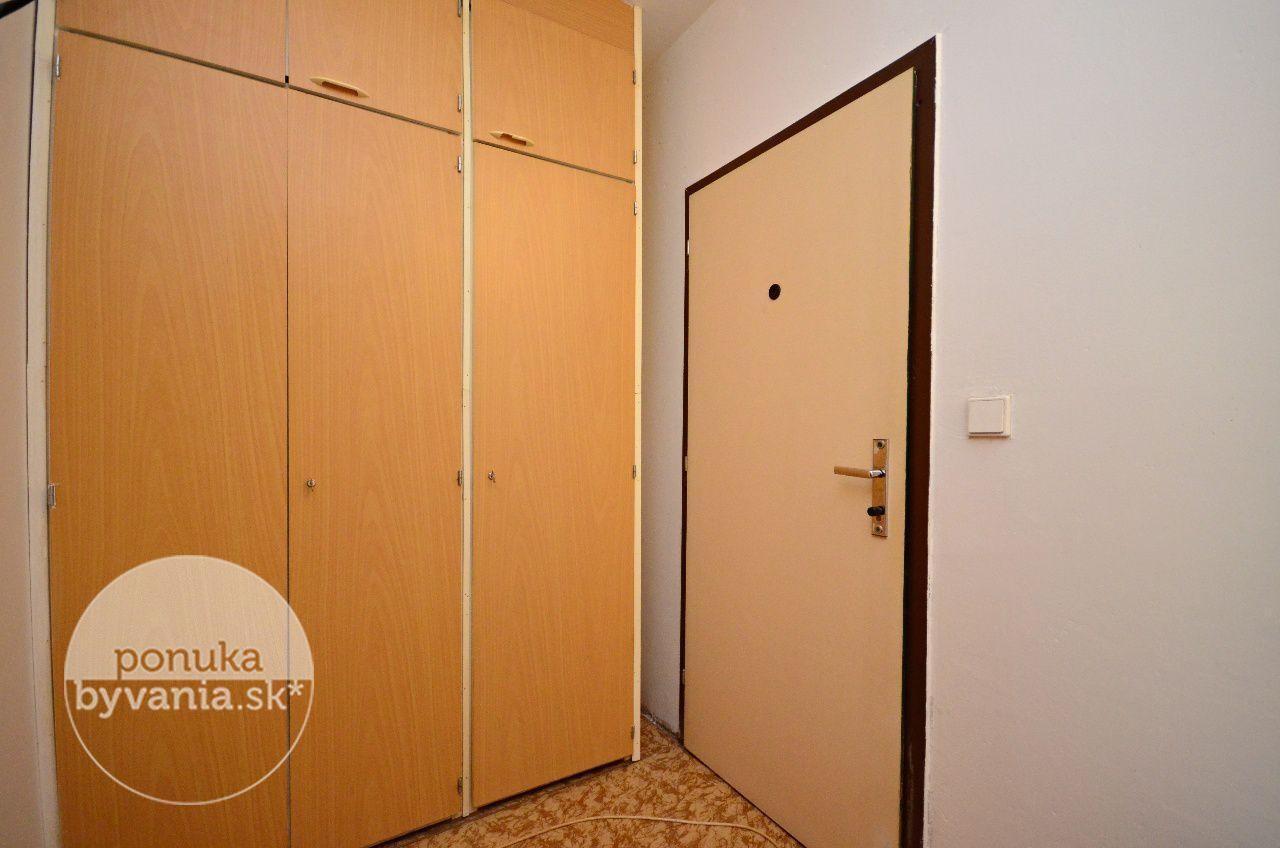 ponukabyvania.sk_Jána Smreka_2-izbový-byt_archív