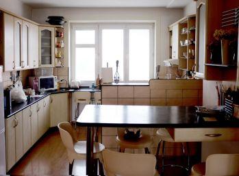 Predáme 5 izbový tehlový byt v centre Košíc
